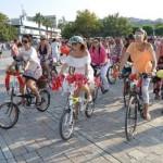 woman cycle